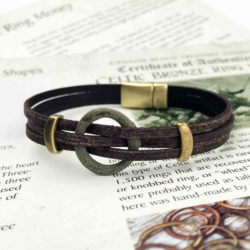 "Celtic Ring Money 8 1/2"" Bracelet in Brown Leather & Bronze"