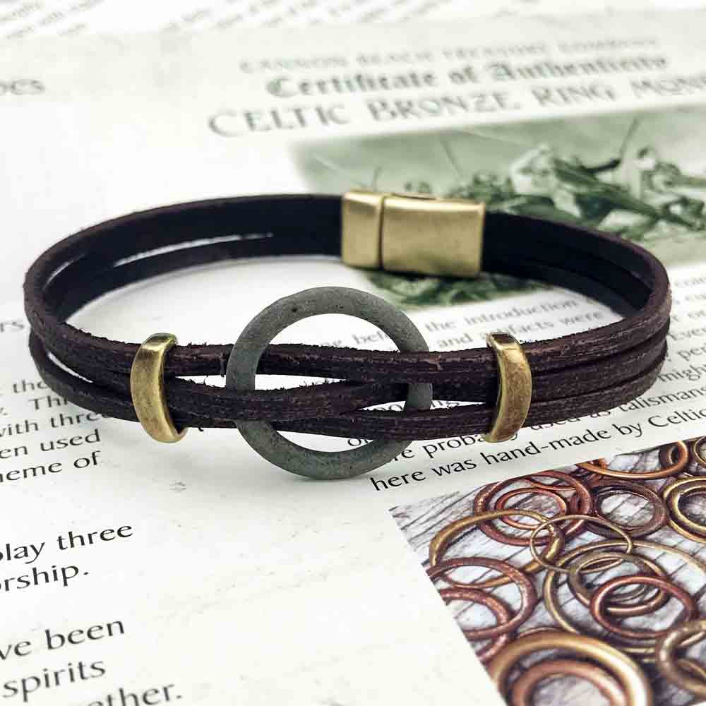 "Celtic Ring Money 9"" Bracelet in Brown Leather & Bronze"