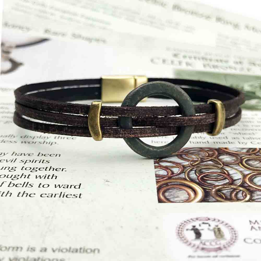 "Celtic Ring Money 9 1/2"" Bracelet in Brown Leather & Bronze"
