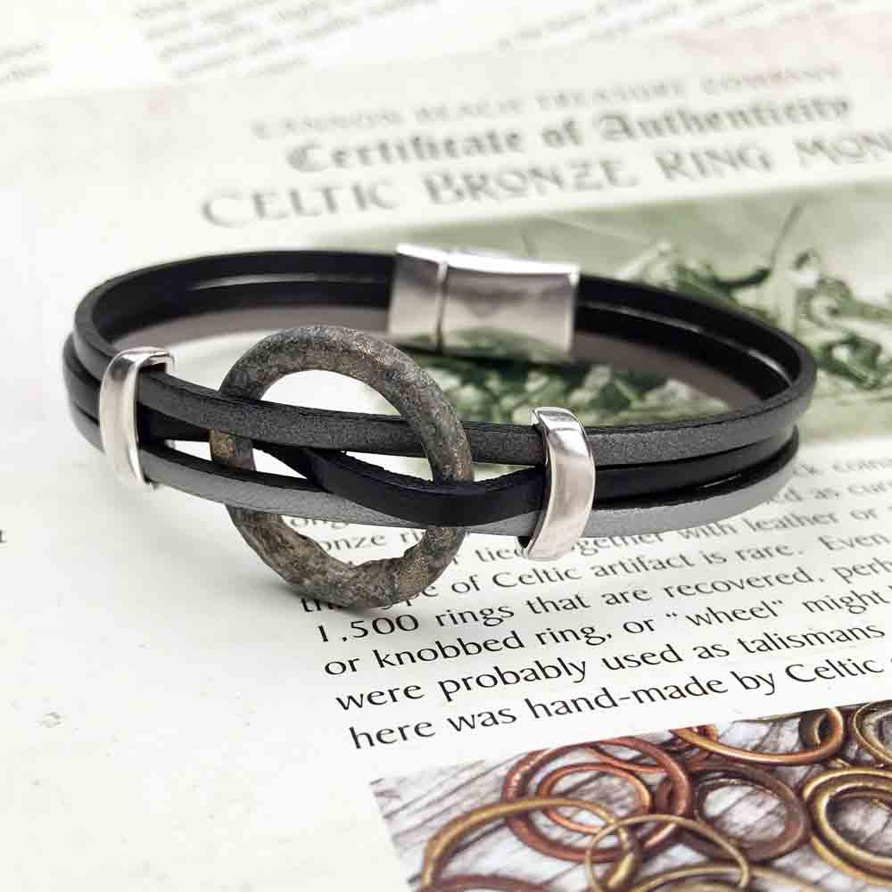 "Celtic Ring Money 8"" Bracelet in Gray and Black Leather & Silver"