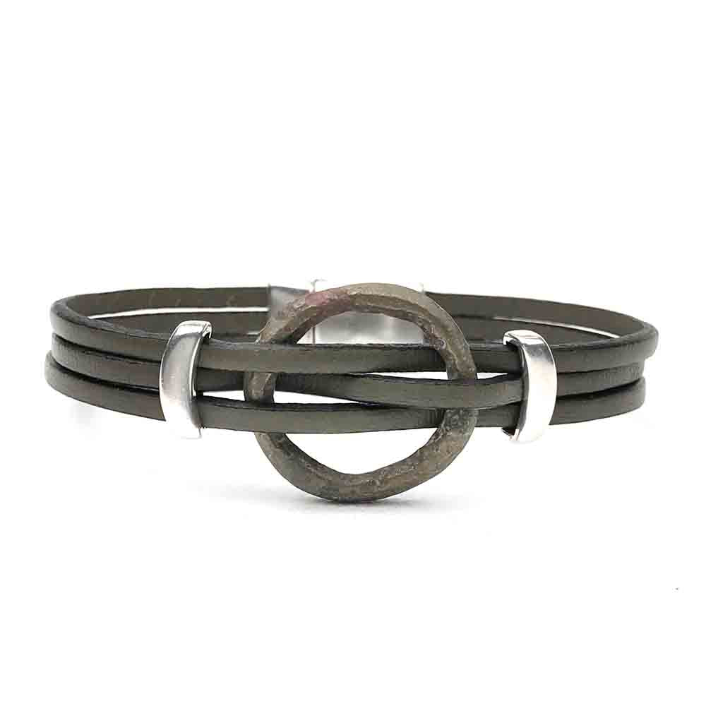 "Celtic Ring Money 7 1/2"" Bracelet in Gray Leather & Silver"