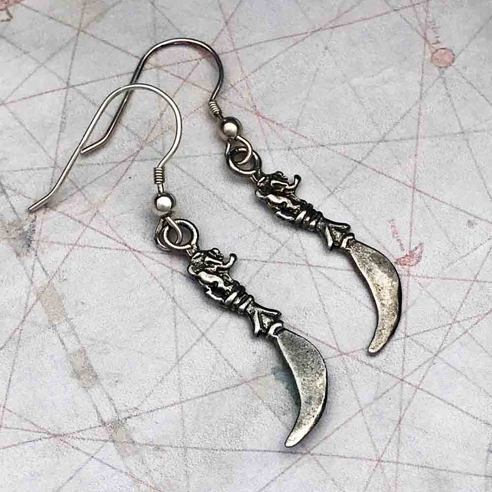 Double-Sided Atocha Pirate's Toothpick Lion Earrings in Shipwreck Silver