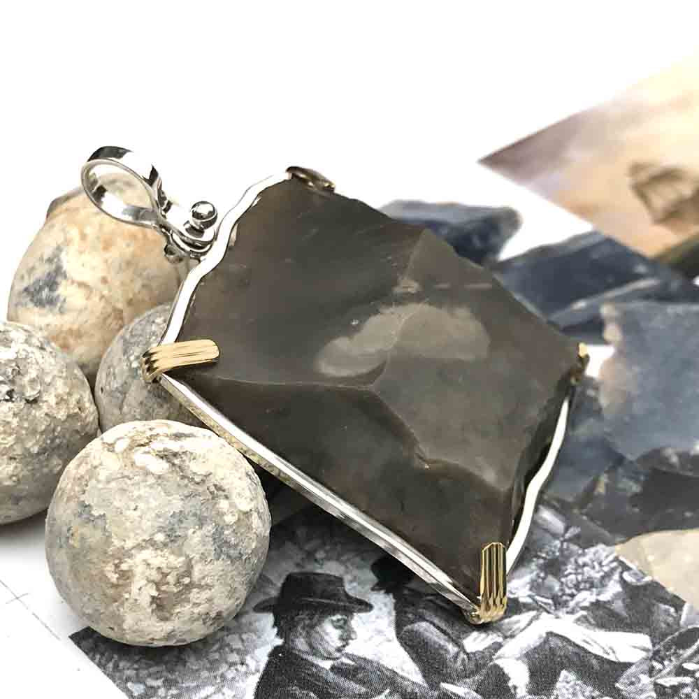 Queen Shipwreck 1790s British East India Company Brown Bess Musket Flint 14K Gold & Sterling Silver Necklace