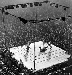 Mili, Gjon: Louis-Walcott fight, Madison Square Garden, 1947