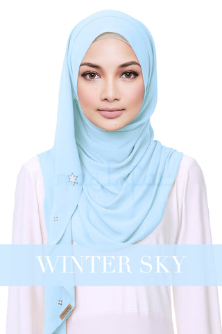 CREAMY HELENA - WINTER SKY