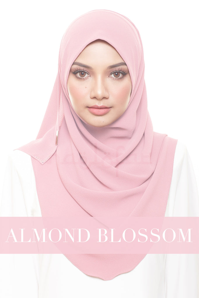 FOREVER YOUNG - ALMOND BLOSSOM