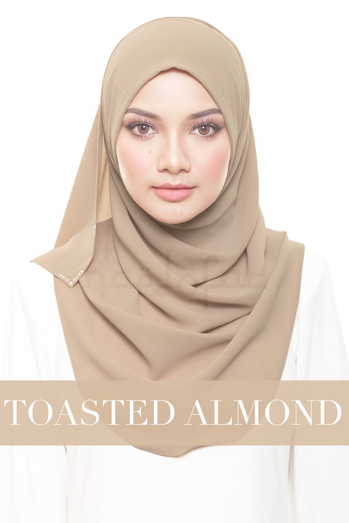 FOREVER YOUNG - TOASTED ALMOND