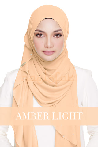 LADY WARDA - AMBER LIGHT