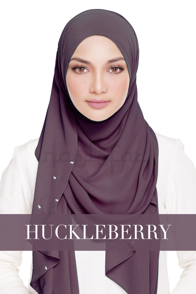 LADY WARDA - HUCKLEBERRY