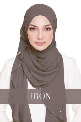 LADY WARDA - IRON