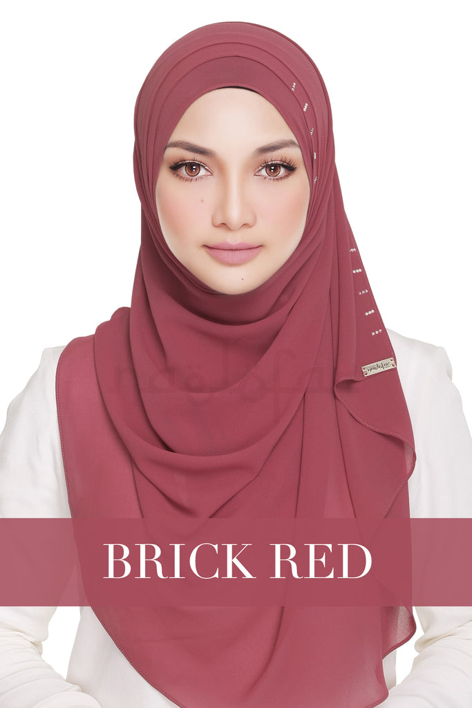 QUEEN WARDA - BRICK RED