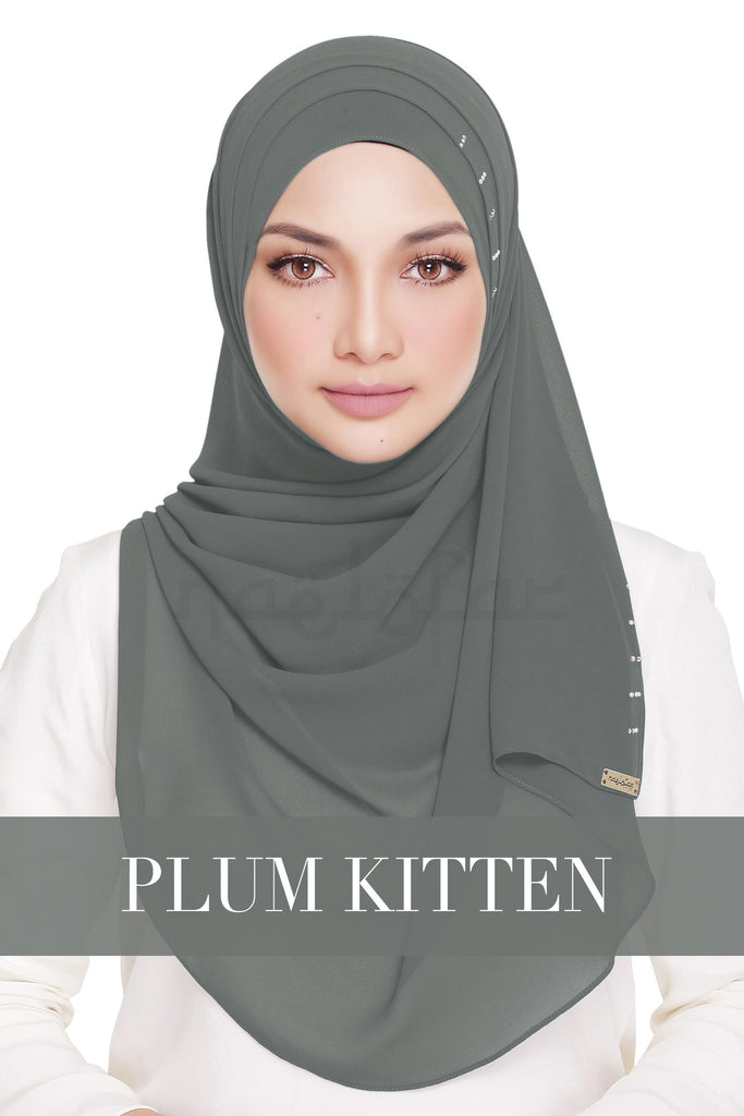 QUEEN WARDA - PLUM KITTEN