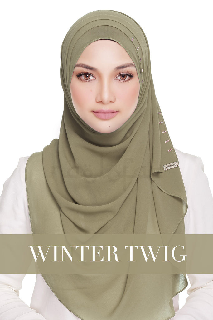 QUEEN WARDA - WINTER TWIG