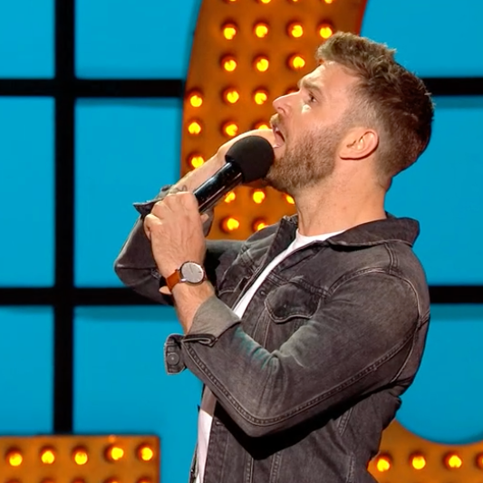 joel-dommett-live-at-the-apollo-comedian-silver-brown-watch-freedom-to-exist-