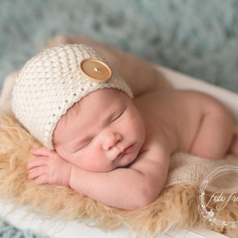 'James' Button Baby Hat // Cream