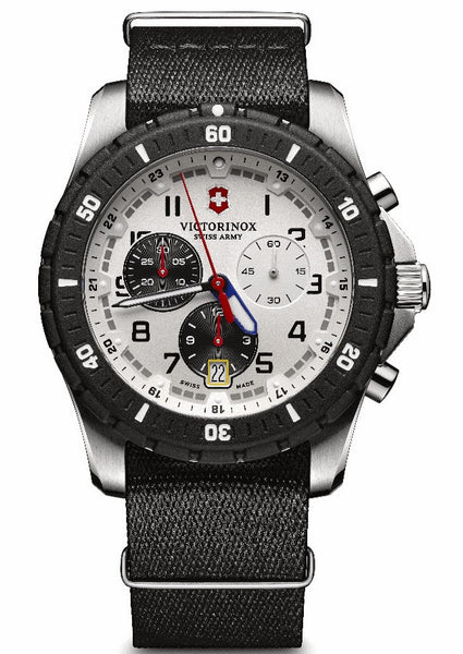 Victorinox Swiss Army Maverick Sport Chronograph Stainless Steel 43mm 24680.1 Watch
