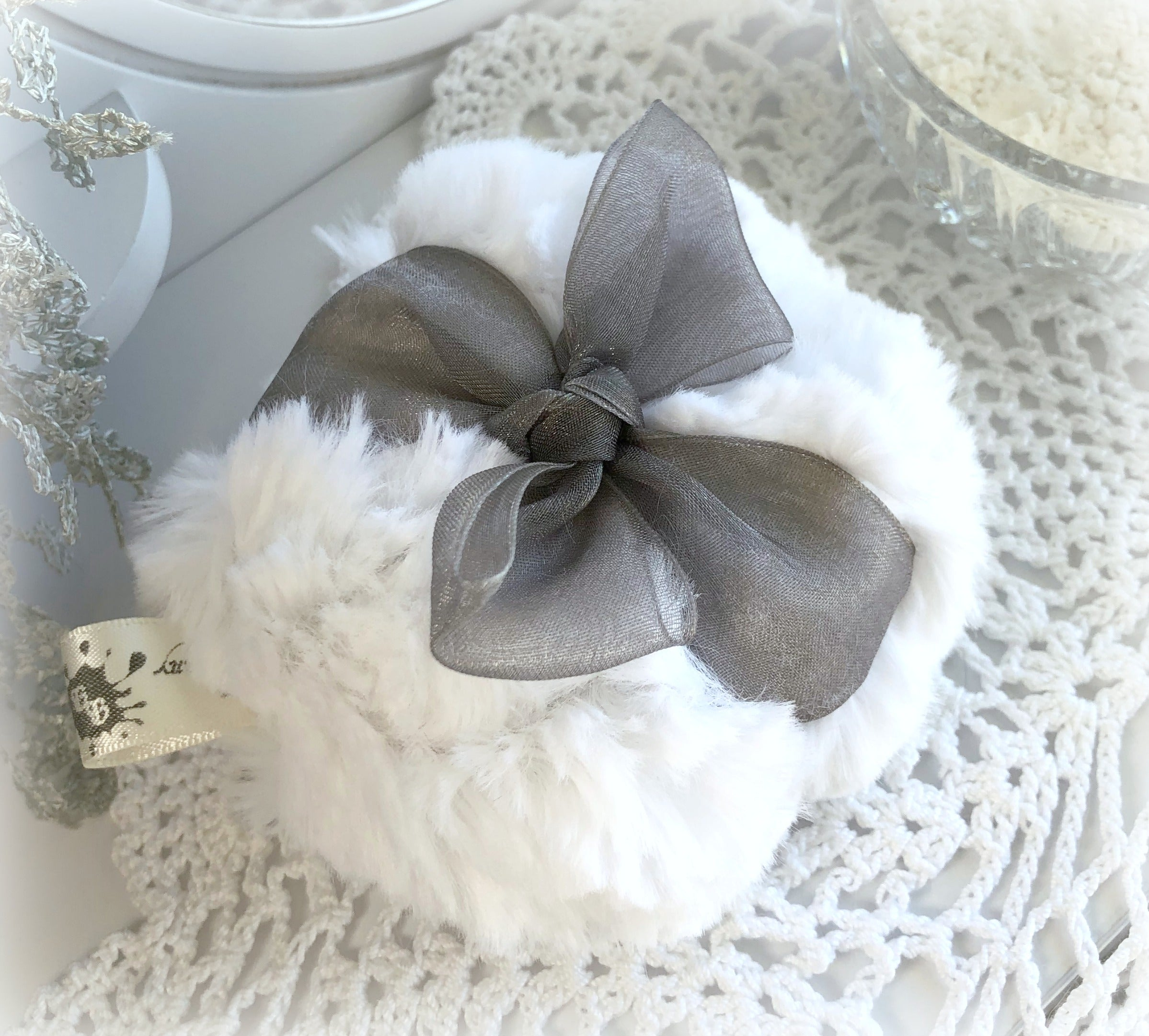 gray organza powder puff