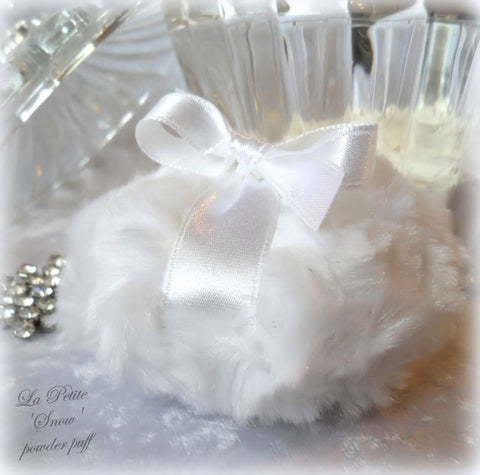 La Petite 'Snow' Powder Puff - soft white plush blanc - miniature neige bath pouf - gift boxed
