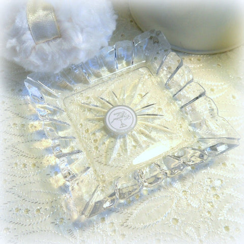 square crystal puff caddy