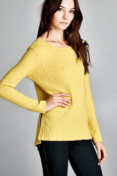 SEMI-LOOSE FIT LONG SLEEVE ROUND NECK TOP
