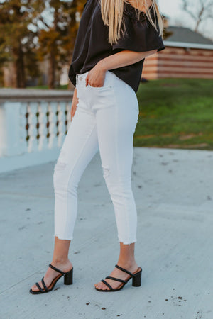 Short Metal Necklace - Gold