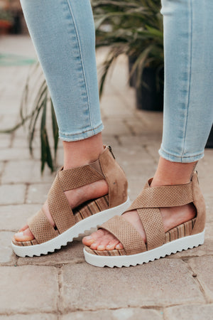 Very G Allie Sandal Wedge - Taupe
