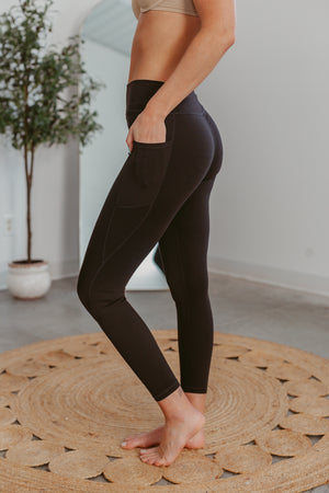 Thankful Cropped Sweatshirt - Mustard