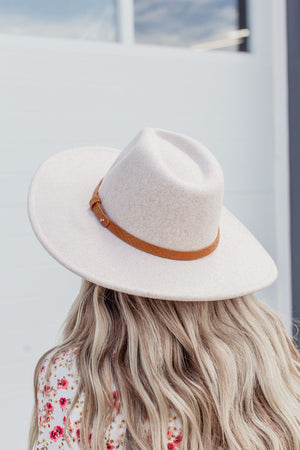 Feeling Fine Wide Brimmed Hat - Taupe