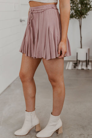 Grace & Lace Classic Mid Rise Pull On Short - 9""