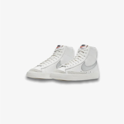 Nike Womens Blazers Mid '77 Summit White Metallic Silver CZ1055-112