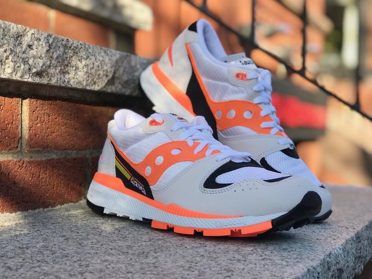 Saucony Azura White Orange Black S70437-2