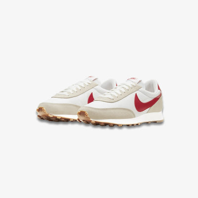 Women's Nike Daybreak summit white university red CK2351-103
