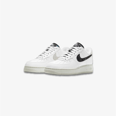 Women's Nike Air Force 1 '07 SE White Light Bone Black DA6682-100