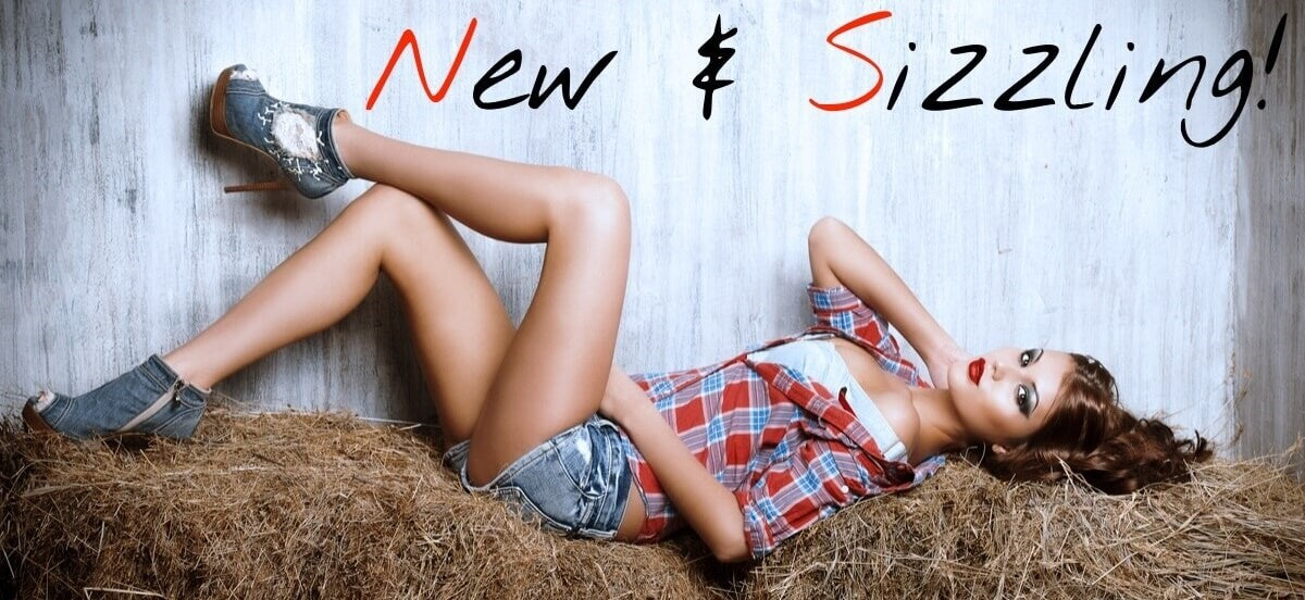 New and Recently Listed Fashion at Dirty South Vintage! Fashion at it's coolest!