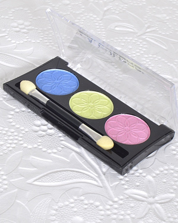 3 Color Eye Shadow.