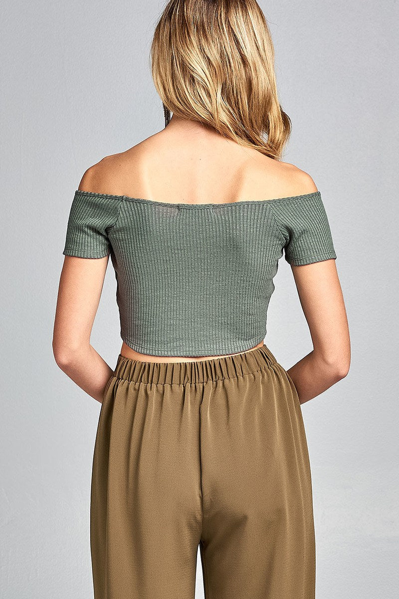 Ladies fashion short sleeve off the shoulder front shirring detail crop knit top