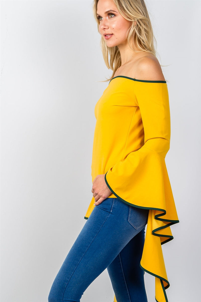 Ladies fashion contrast trim flared sleeve bardot top.