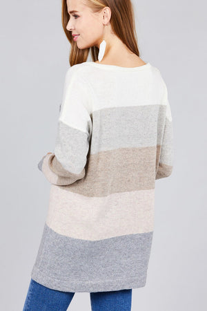 Long sleeve round neck w/pocket color block sweater