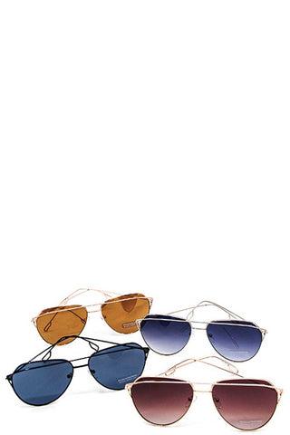 Color tortoise framed sunglasses