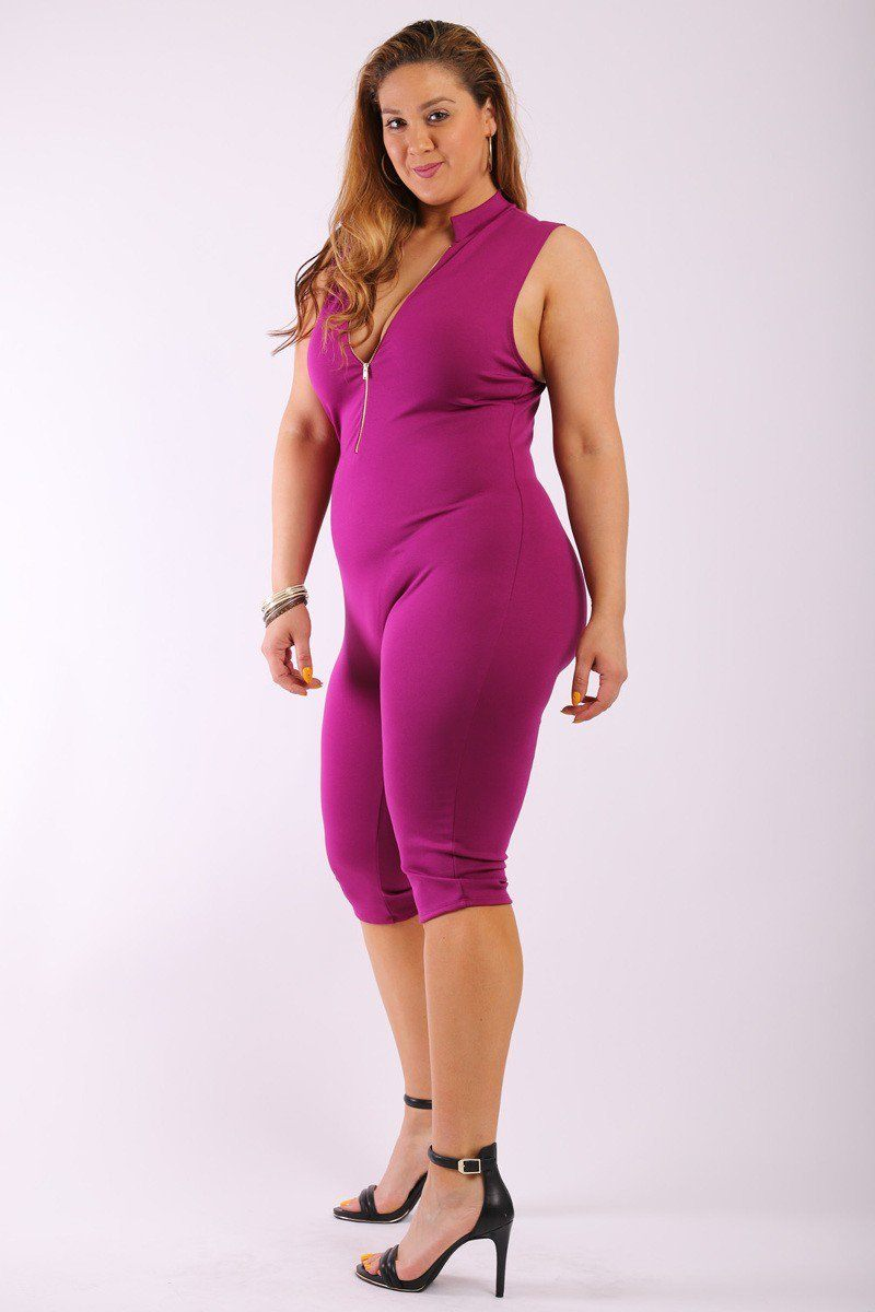 Solid, Stretched, Sleeveless Bodycon Capri Jumpsuit With Front Zipper And Mandarin Collar