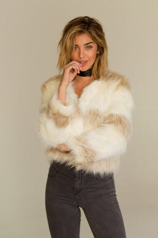 Ladies fashion long sleeve open front w/hoodie faux fur fluffy jacket