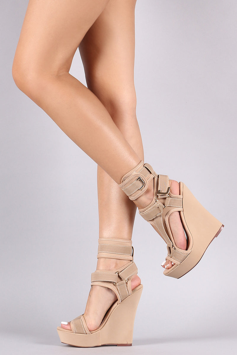 Triangle Hardness Strap Platform Wedge