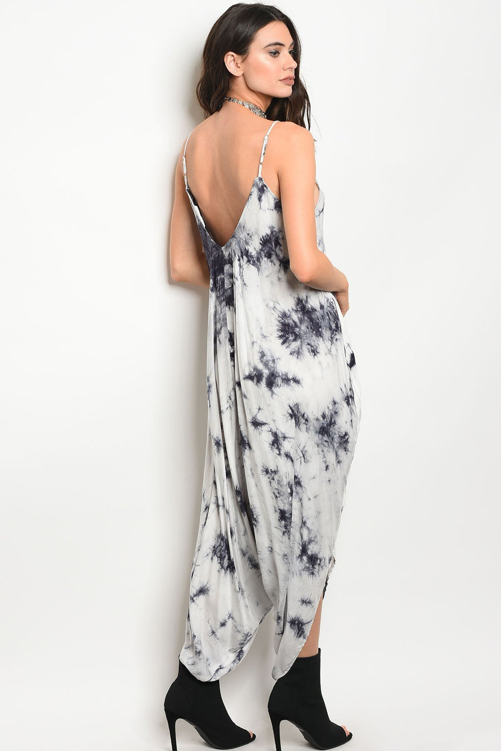 Ladies fashion sleeveless tie dye print relaxed fit jumpsuit with a v- neckline