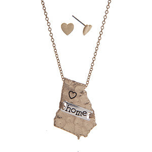 Georgia Home State Necklace with Heart Earrings in Gold - Southern Grace Outfitters