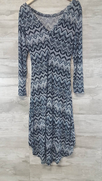 Navy Hem Print Dress (Plus Sizes)