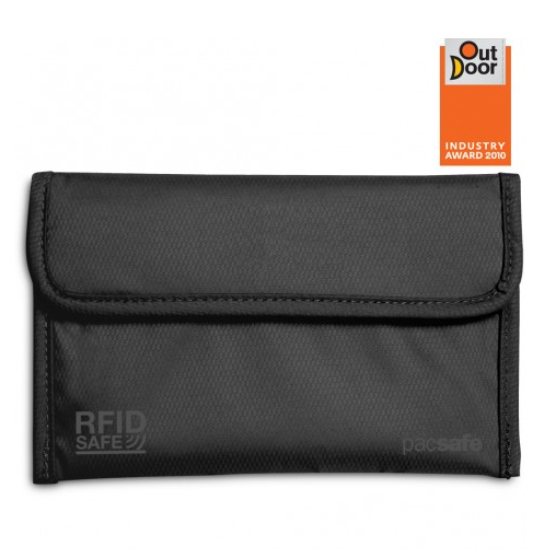Pacsafe RFIDsafe™ 50 RFID-blocking passport protector