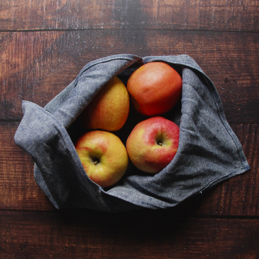 denim linen bento bag with apples