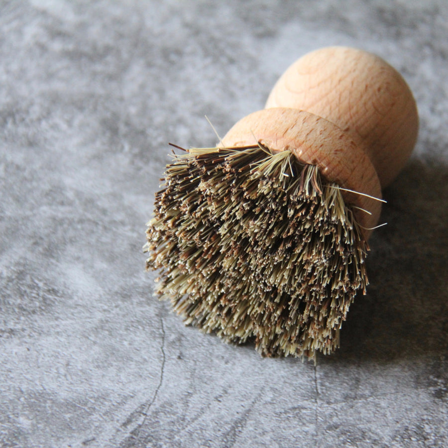 untreated beechwood and union fiber pot scrubber