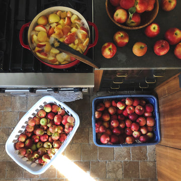 preserving apples