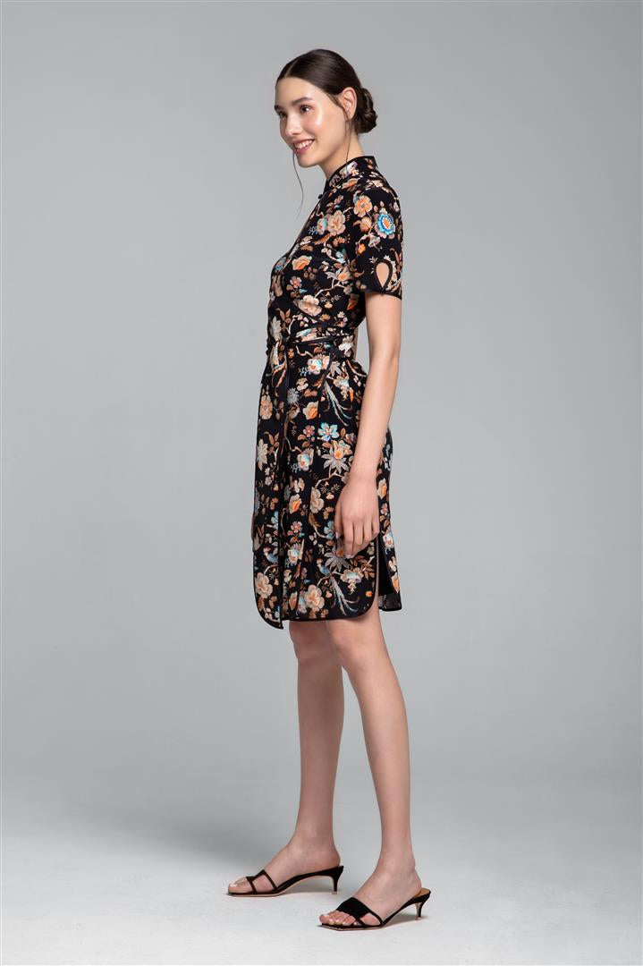 Kimono-style silk wrap dress with oriental print in black
